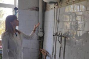 В Дмитриевской ЦРБ через десять лет дали горячую воду