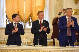 Роман Старовойт выступил  с докладом на заседании Госсовета РФ