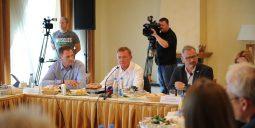 На Курской Коренской ярмарке прошел пресс-завтрак с Романом Старовойтом