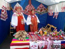 На Курской Коренской ярмарке народные умельцы проводят мастер-классы