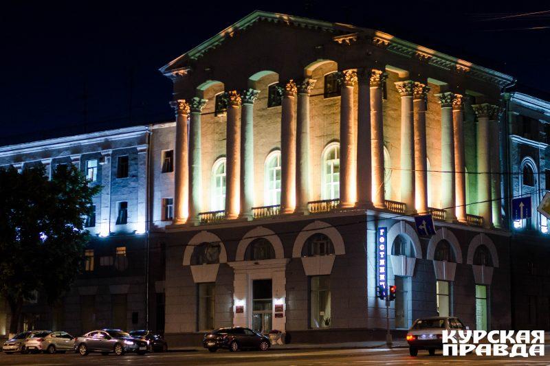 Роман Старойт и Виктор Карамышев проинспектировали уличное освещение Курска