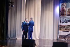 Роман Старовойт поздравил металлургов с профессиональным праздником