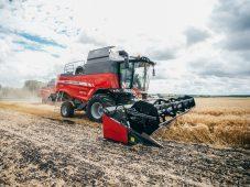 В Курской области завершают уборку кукурузы на зерно