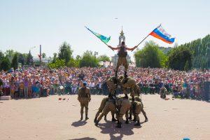 В Курске проходит акция «Военная служба по контракту – твой выбор!»