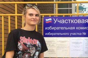 Курян, впервые принявших участие в выборах, встречали аплодисментами