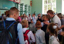 Олимпийский чемпион Александр Поветкин посетил свою родную школу
