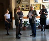 В Курской школе № 27 открылась выставка, посвященная творчеству Вячеслава Шварца