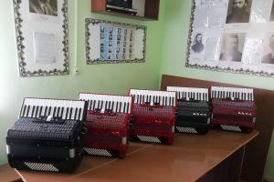 Курские школы искусств получат новые инструменты и учебную литературу