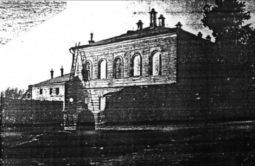 Братский корпус Знаменского монастыря перешел в собственность Курской области