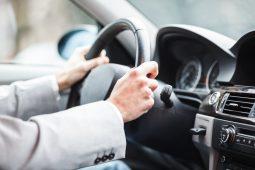 Новый порядок медосмотра для российских водителей отложили