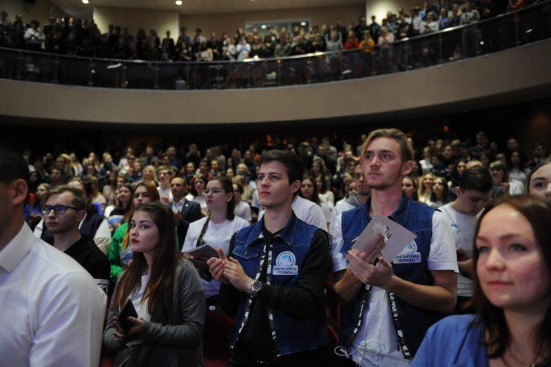 Курские волонтеры готовятся к празднованию годовщины Победы