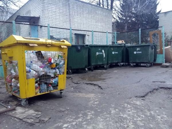 «Спецавтобаза по уборке Курска» судится с курянами