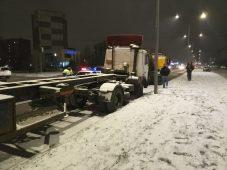 В Курске будут эвакуировать автомобили, припаркованные вне правил