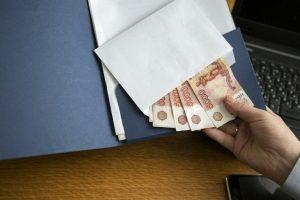 Курский полицейский обвиняется в получении взятки