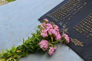 Мемориалам воинских захоронений требуется обновление