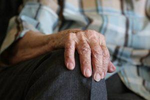 В Курске пенсионерка отдала мошенникам более 100 тысяч рублей