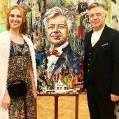 Курская художница написала портрет дирижера Губернаторского камерного оркестра