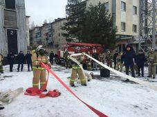 Курянин победил в соревнованиях по пожарному кроссфиту