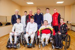Старовойт встретился с курскими фехтовальщиками-паралимпийцами