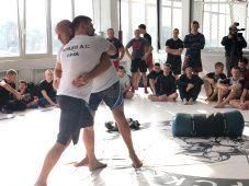 Федор Емельяненко проводит мастер-класс для курских борцов