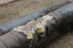 В поселке Карла Либкнехта Курской области заменят ветхую теплотрассу