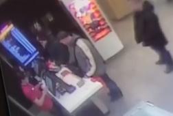 В Курске разыскивают похитителя смартфона