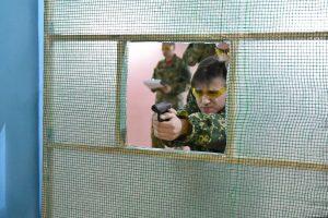 Курские школьники соревновались в стрельбе из пневматики