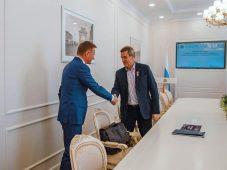 Почетный полярник готов подарить курскому музею сотни фотографий