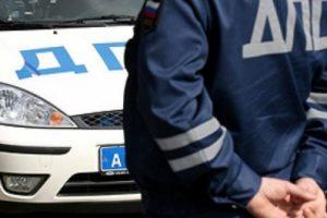 Курянин пытался дать взятку полицейскому