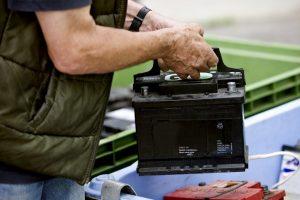 В Курской области похищали автомобильные аккумуляторы