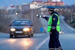 В Курске автомобилист попытался скрыться от полиции, но попал в ДТП