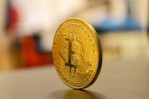 Курянин продал криптовалюту мошенникам
