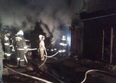В Курске сгорел гараж с автомобилем