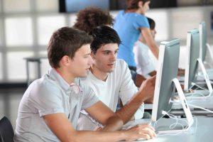 Курской молодежи предложили развлечения онлайн
