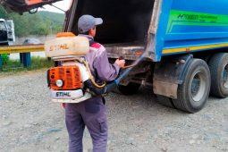 В Курске дезинфицируют спецтранспорт коммунальщиков