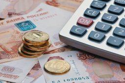 В Курской области продлят региональные выплаты медикам, работающим с COVID-19