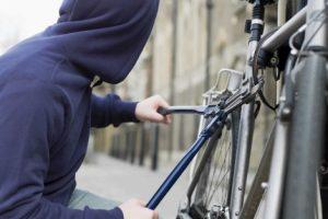Курянин продавал украденные велосипеды