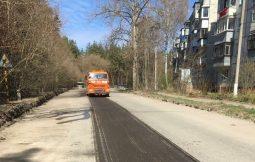 В Курске на улице Заводской приступили к ремонту дороги