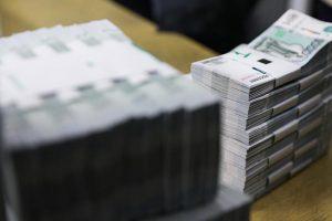Бюджет из-под матраса: россияне могут потратить 3 трлн наличных сбережений