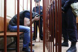 Курскому бандиту, который совершил 20 преступлений, продлили арест