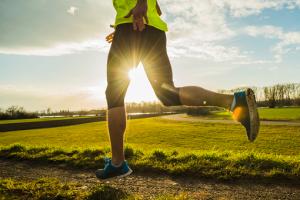 Курянам разрешат заниматься физкультурой на спортивных площадках