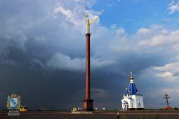 В Курской области у памятников появилась новая подсветка