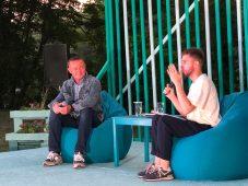 В День молодежи Роман Старовойт наградил курских волонтеров