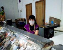 В Курске на Северном рынке продавцы нарушали масочный режим