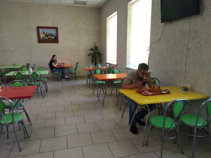 В Курске работала столовая, несмотря на запрет