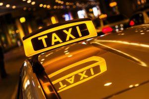 В Курской области таксисты помогли полиции в задержании преступников
