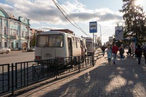 В Курске «ПАЗ» врезался в столб, ранены два пассажира