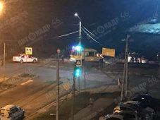 В Курске автомобиль упал в ров на Плевицкой