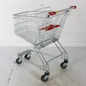 Курянина посадили за кражу 4 корзин из супермаркета