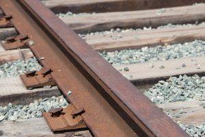 Житель Курской области пытался сдать украденные рельсы на металлолом